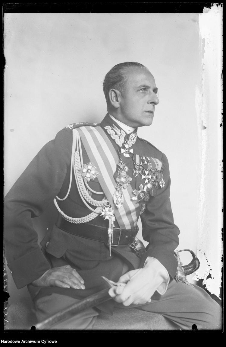 Płk Bolesław Wieniawa-Długoszowski, 1930 r. Źródło: NAC