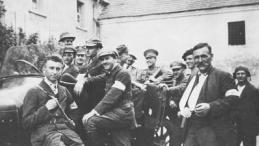 05 1921 r. III Powstanie Śląskie – grupa powstańców. Źródło: NAC