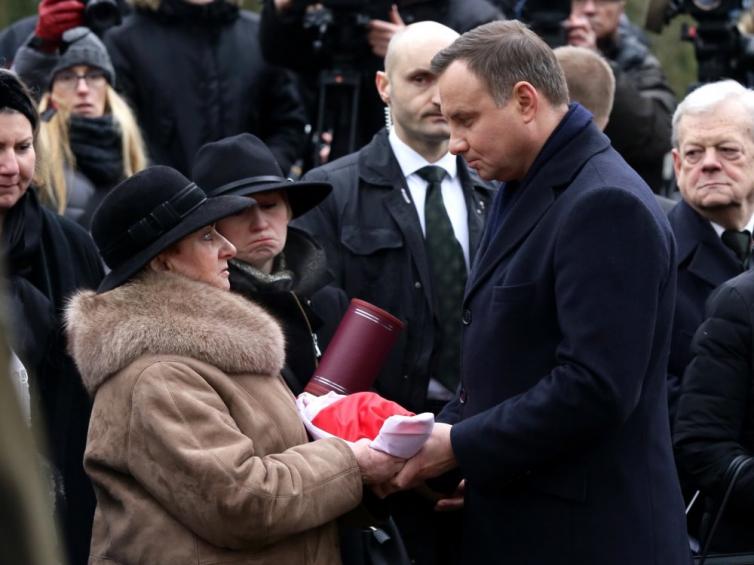 Uroczystości pogrzebowe gen. Janusza Brochwicz-Lewińskiego ...