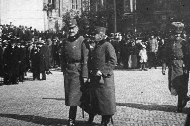 Gen. Stanisław Szeptycki i gen. Karl von Kuk przed katedrą w Lublinie po ogłoszeniu aktu 5 listopada 1916 r. Fot. CAW